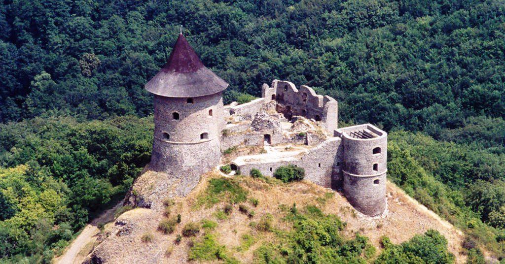 Slovakia castle - Somoska