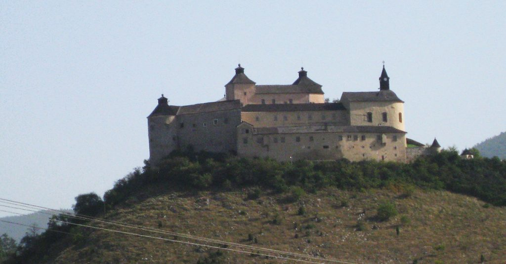 Slovak castles - Krasna Horka